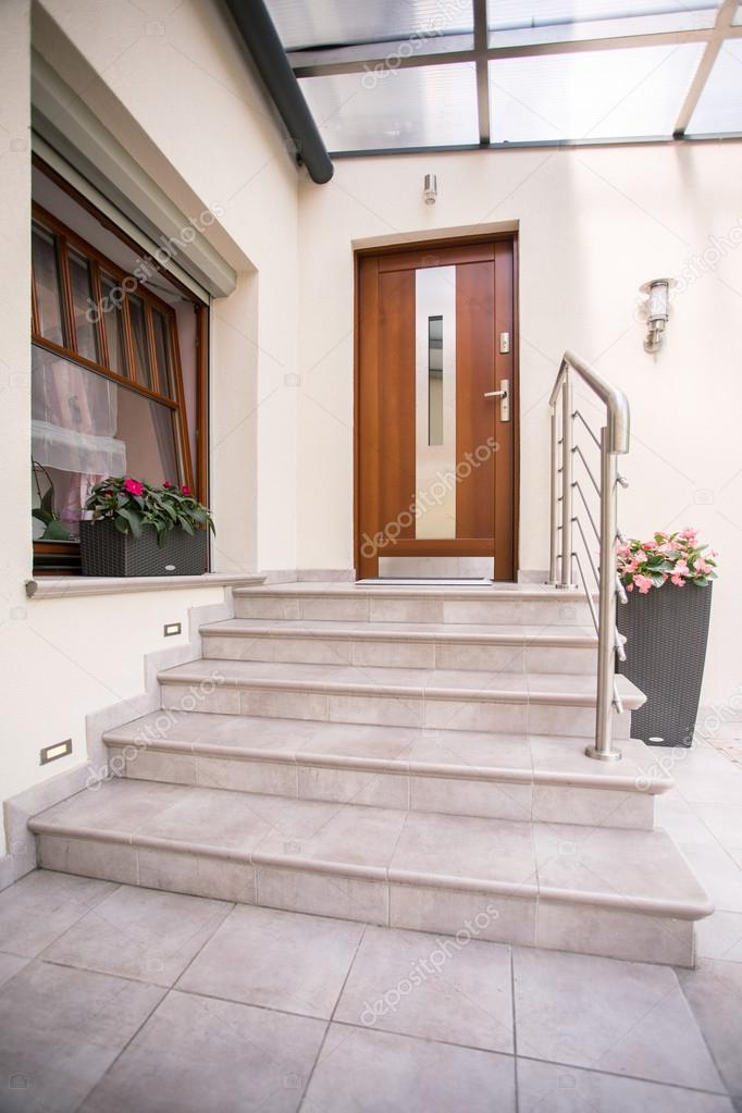 Entrance to detached house
