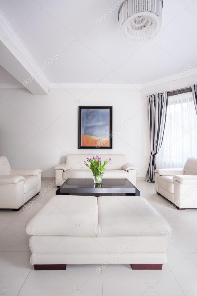 Attraktiv Weiße Wohnzimmer Gestaltung U2014 Stockfoto