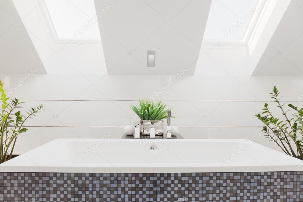 Huge bathtub in modern bathroom — Stock Photo © photographee.eu ...