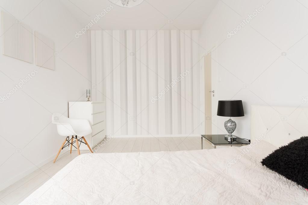 Biała Sypialnia Nowoczesne Zdjęcie Stockowe Photographee
