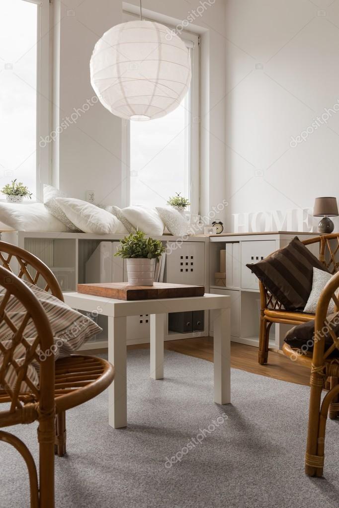 Ontspannen ruimte in nieuw interieur — Stockfoto © photographee.eu ...