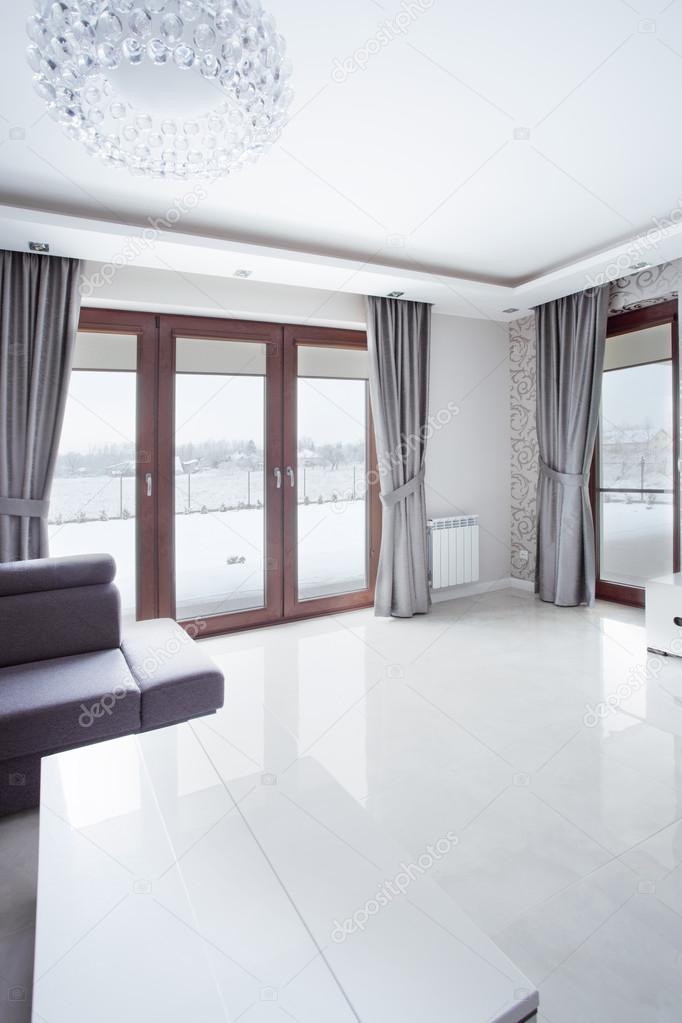 blanco brillante piso de mrmol en saln moderno nuevo u foto de