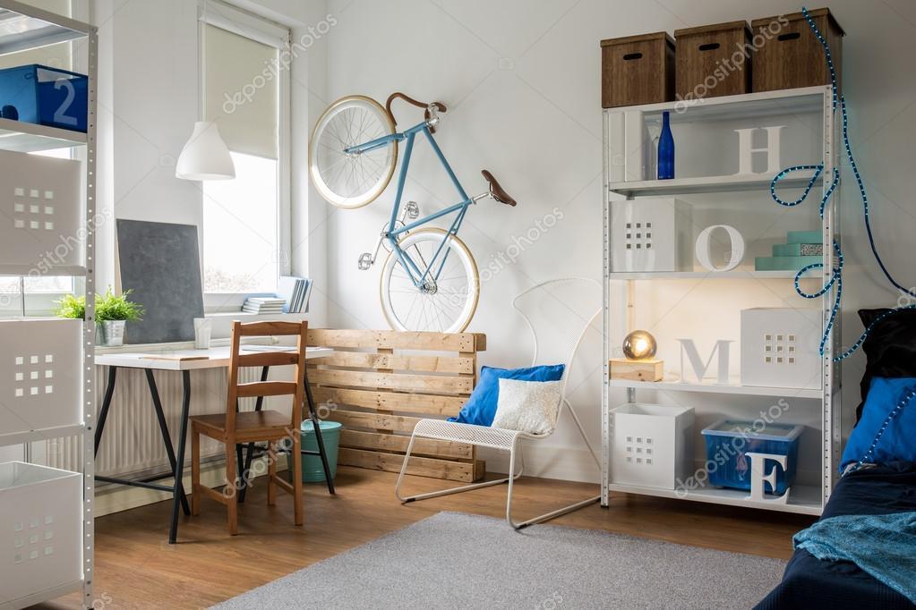 Komfortables Kleines Studio Für Junge Ideen Mann U2014 Foto Von Photographee.eu