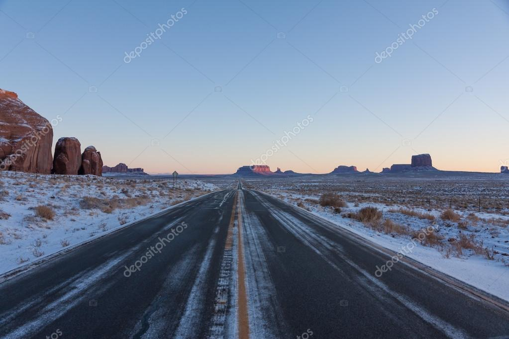 Road 163 in Arizona, Monument Valley