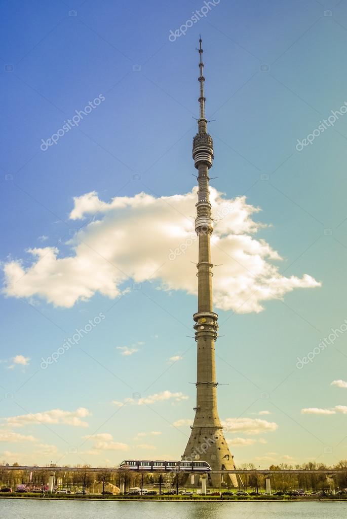 オスタンキノ ・ タワー — スト...
