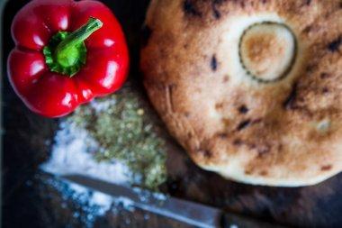 bread board peppers