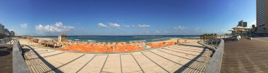 Tel Aviv, Israel, Middle East: panoramic view of one of the beaches of Tel Aviv seen from the Tayelet, the Tel Aviv Promenade running along the Mediterranean seashore