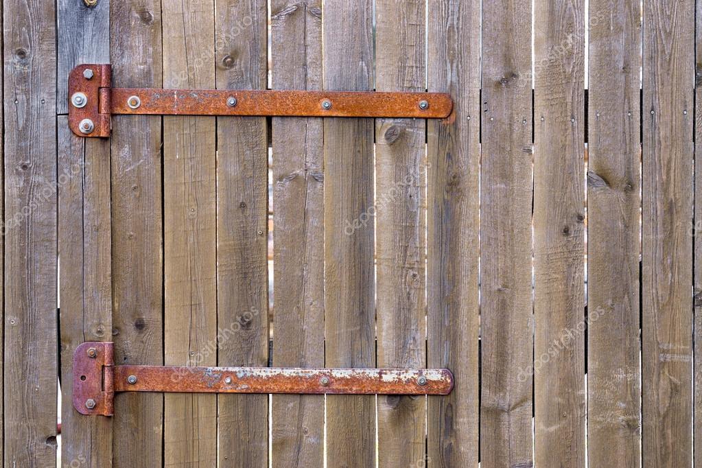 Cerniere Per Cancelli Di Legno : Cancello di legno con cerniere arrugginite u foto stock