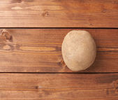 Photo Single brown potato