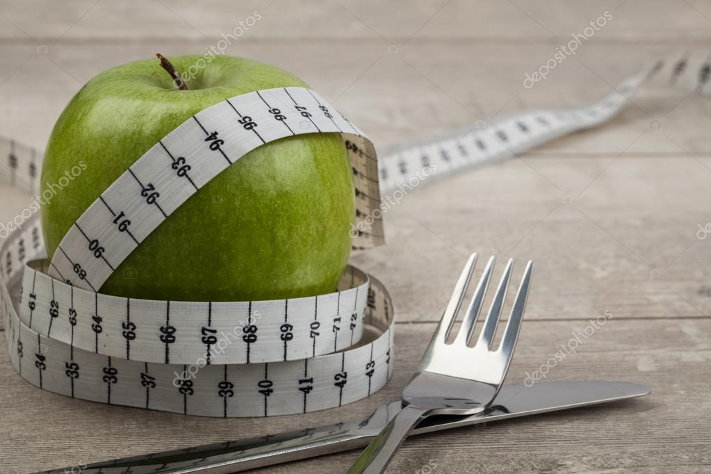 Measuring Tape And Green Apple Stock Photo Axesor 68773981
