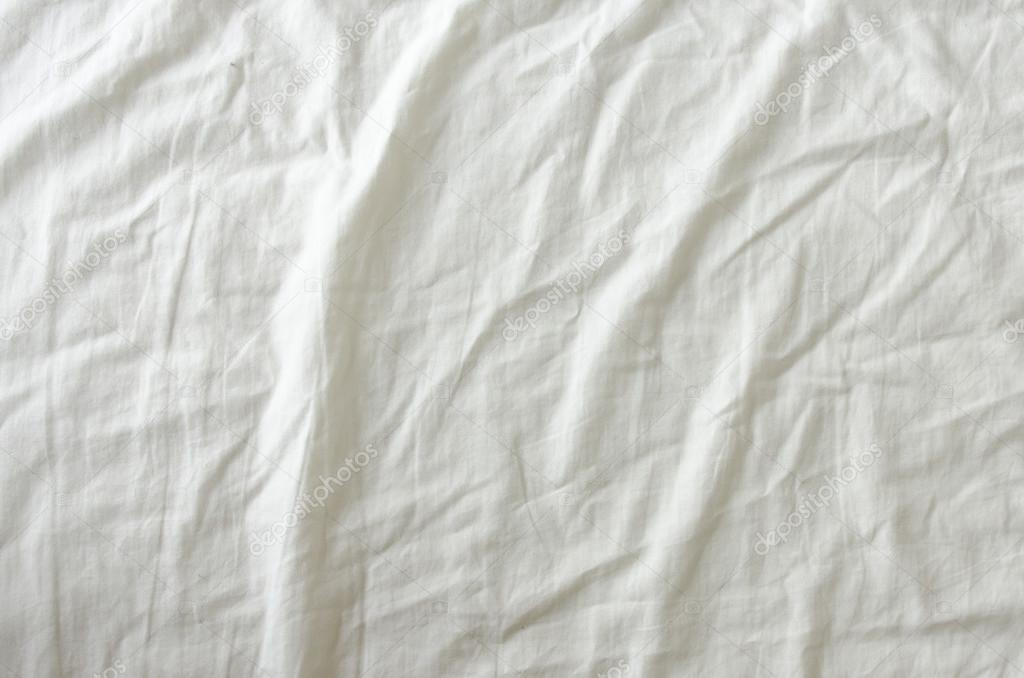 c6d3d6e9c352 trama di tessuto stropicciato bianco — Foto Stock © lufimorgan #73982405