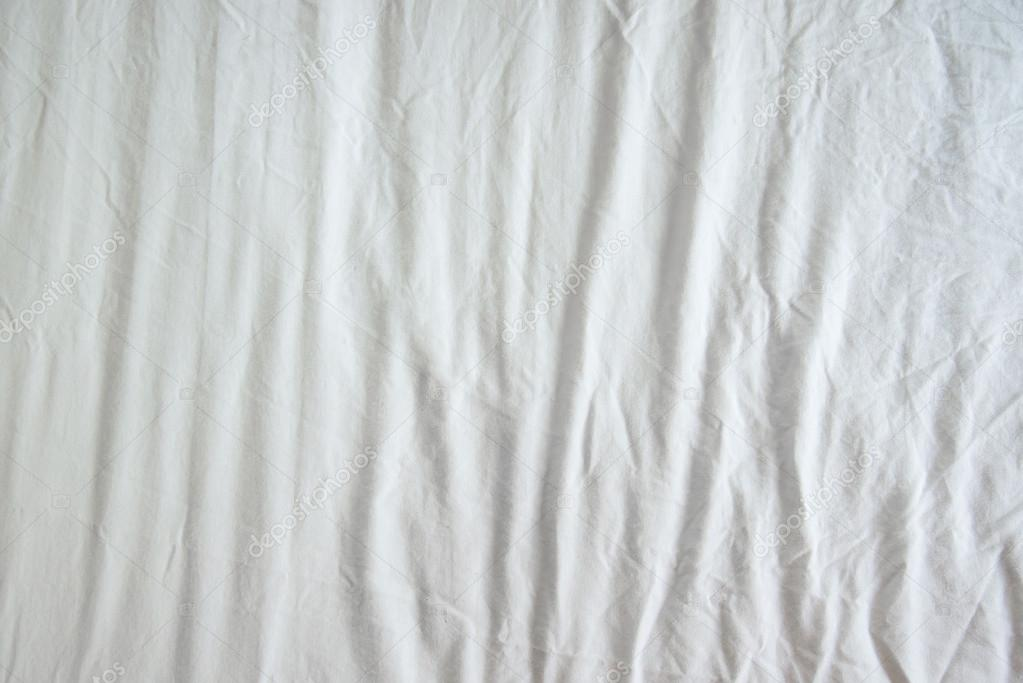 Amanda Palmer in addition 623196 Evo 9 Volk Se37k moreover 11q37n in addition Stock Photo White Wrinkled Fabric Texture further Inexpensive Faux Shiplap. on low bed white