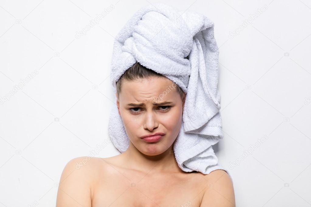 права разных фото с полотенцем на голове со спины предложили