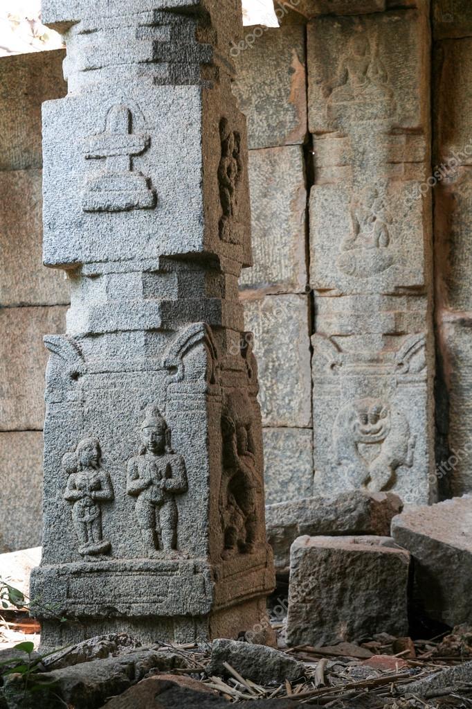 Фото каменных столбов в др индии