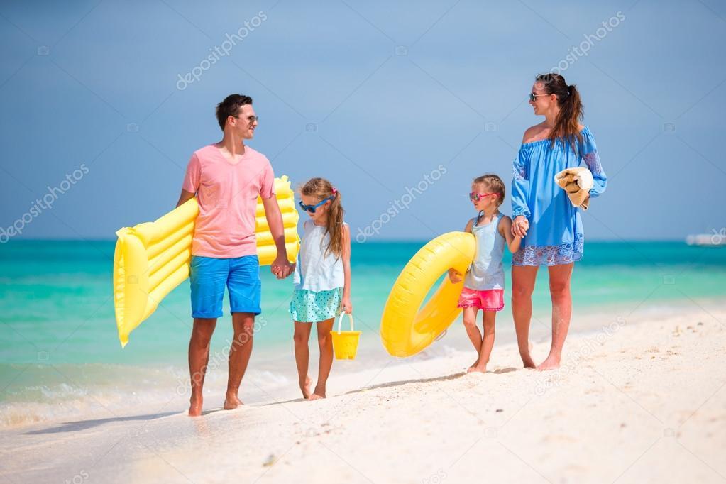 Семья на отдыхе фото — photo 14