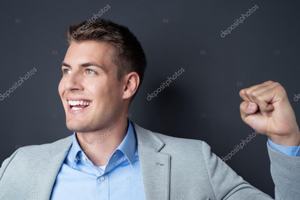 Ein aufgeregter Mann