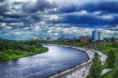 Centra Ťumeň nábřeží pohled shora hdr Rusko