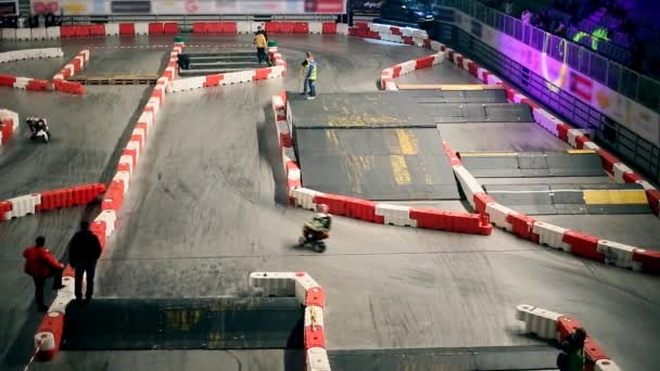 Mini motors racing indoors
