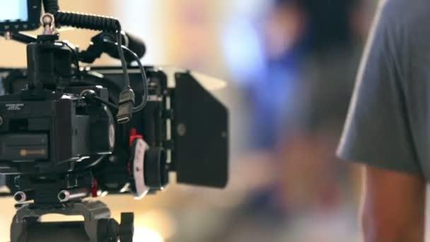 Filmová kamera v reálu