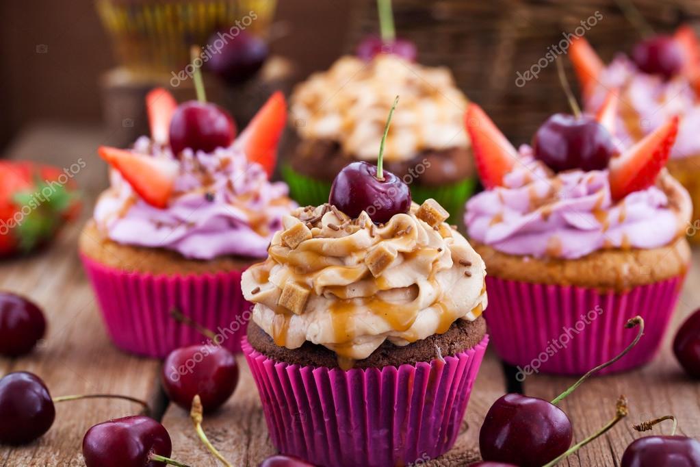 Muffins Decorados Con Frutas Deliciosos Cupcakes Decorados