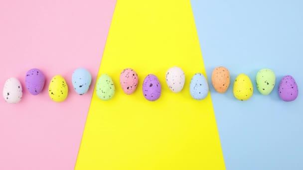 Barevné velikonoční vajíčka přesunout na barevné téma pro velikonoční prázdniny. Zastavit pohyb