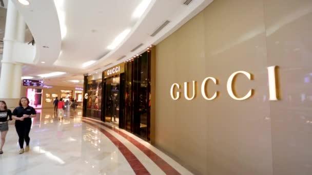 Gucci luxus áruház