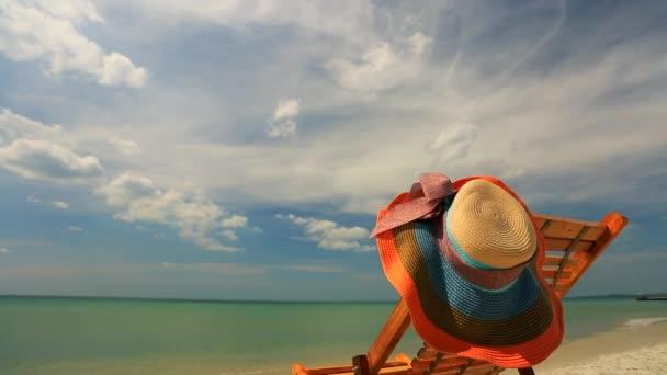 Sunlounger kalapban