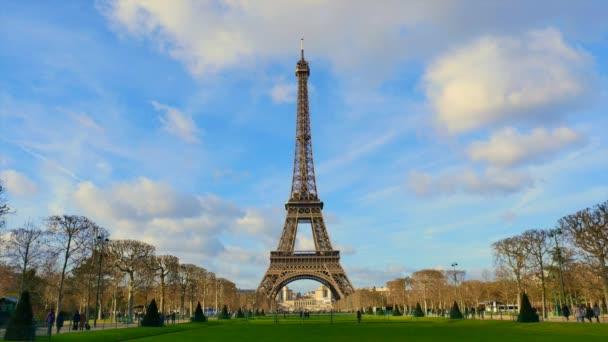 Tour Eiffel čas chyba Paříž Francie
