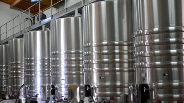 Vinice vinařství skladovací nádrže Bordeaux