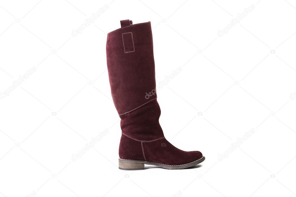 52d4f3df3 Botas femininas vermelho sobre um fundo branco, loja online de sapatos de  camurça — Fotografia