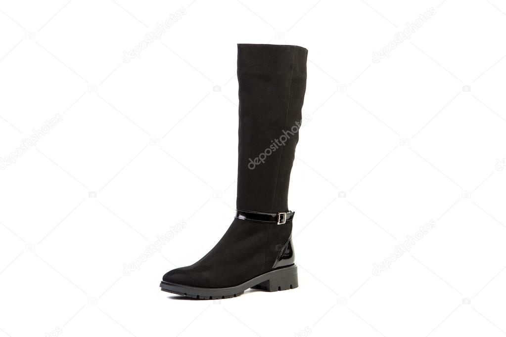 f87162a348 Botas femininas em um fundo branco, loja on-line de sapatos de camurça —