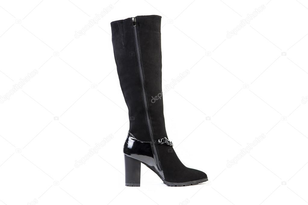 1a37b1fe7 Botas femininas em um fundo branco, loja on-line de sapatos de camurça —