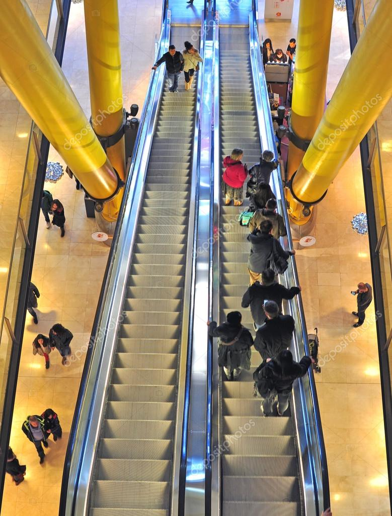 Moving Staircase In Shopping Mall U2014 Stock Photo