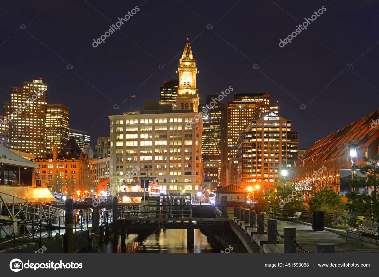 Boston Custom House Long Wharf Financial District Skyline Noite Boston Fotos Imagens De C Jiawangkun 451593068