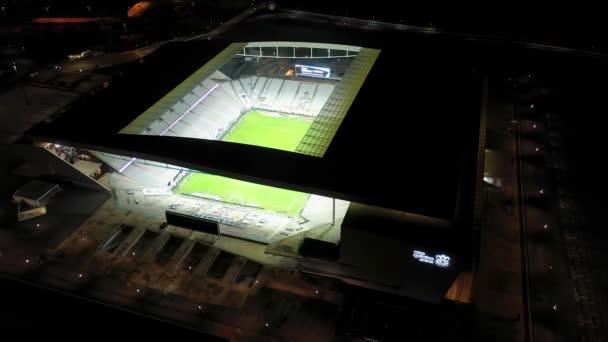 Corinthians Arena Stadium v noci v Itaquera, Sao Paulo, Brazílie.Světelný fotbalový stadion.Corinthians Arena Stadium v noci v Itaquera, Sao Paulo, Brazílie.Světelný fotbalový stadion.Corinthians Arena Stadium v noci..