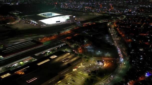 Corinthians Arena Stadion éjjel Itaquera, Sao Paulo, Brazília.Illuminated focistadion.Corinthians Arena Stadion éjjel Itaquera, Sao Paulo, Brazília.Illuminated focistadion.Corinthians Arena Stadium éjszaka..