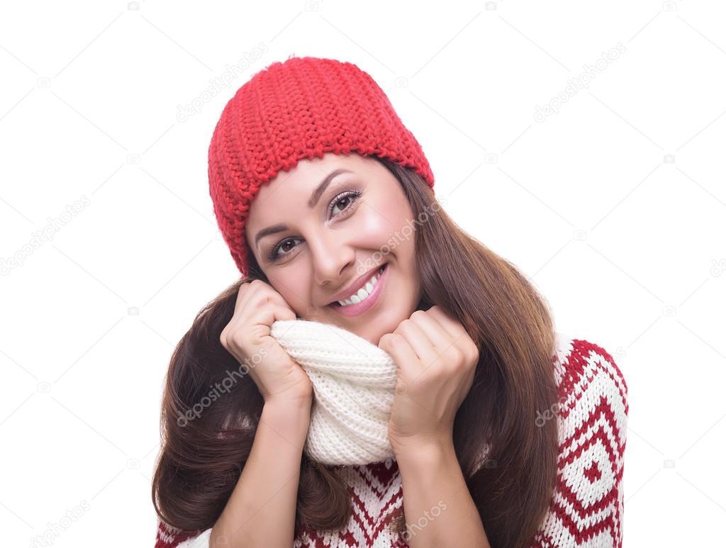 6ebf1fdf8f9a bella ragazza in abbigliamento invernale — Foto Stock © believeinme ...