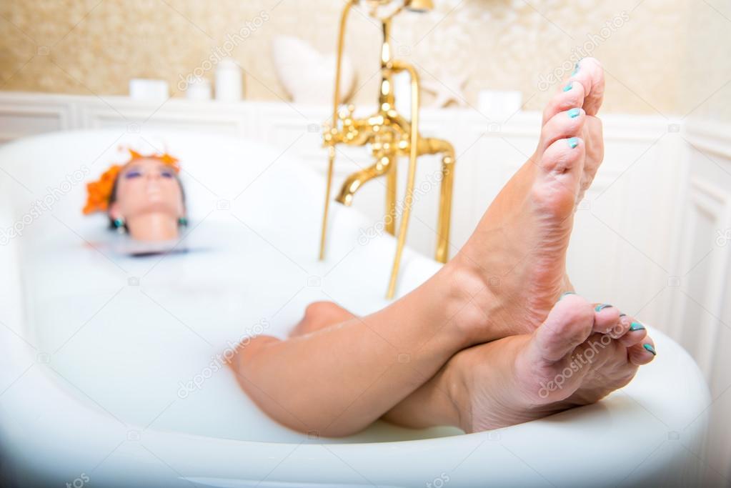 Vasca Da Bagno Nella Vasca : Aromoterapia nella vasca da bagno arredamento arredare la casa