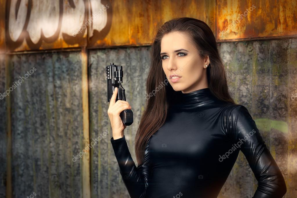 фотографии видео, шпионские фото женщин знаю силикон или
