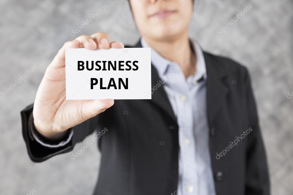 ondernemingsplan word zakenman presenteren visitekaartjes met word ondernemingsplan  ondernemingsplan word