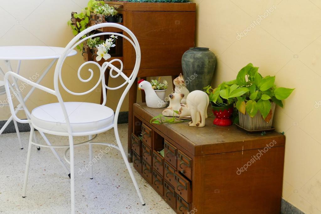 Scrivania In Legno Bianco : Scrivania legno bianco mobili e accessori per l ufficio kijiji