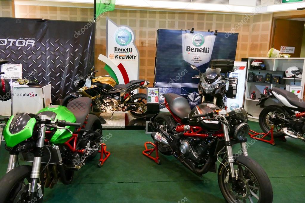 Expo 2015 Stand Enel : La motocicleta que muestra en el stand de benelli en el expo motor
