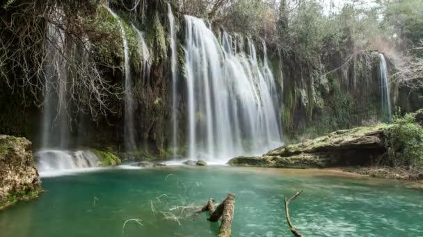 Vodopád Kursunlu, Antalya Turecko