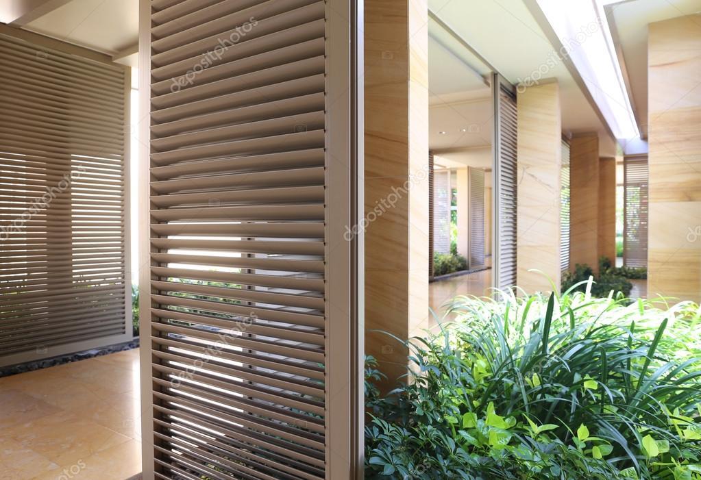 Decoratie Interieur Corridor : Moderne corridor interieur g u stockfoto apolobay