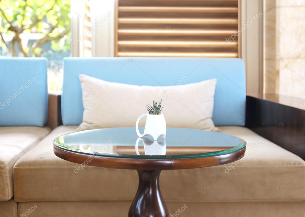 diseño moderno salón comedor con sofá — Fotos de Stock © apolobay ...