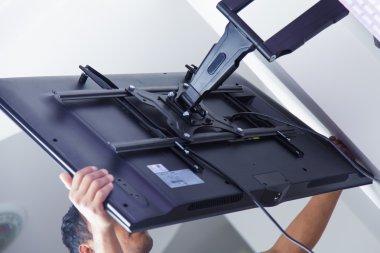 Installing mount TV