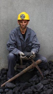 Mine worker coal