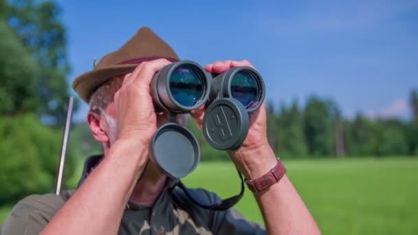 Hunter keres a vadon élő állatok