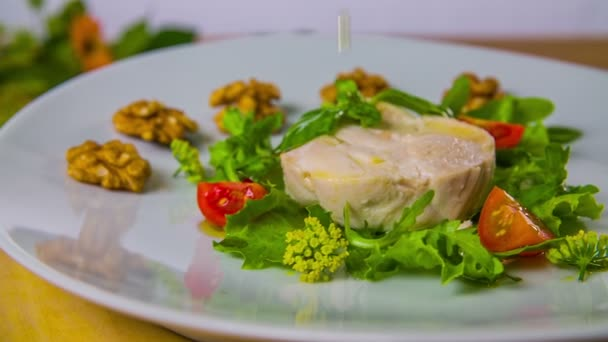 Chicken salad with tomato and virgin olive oil