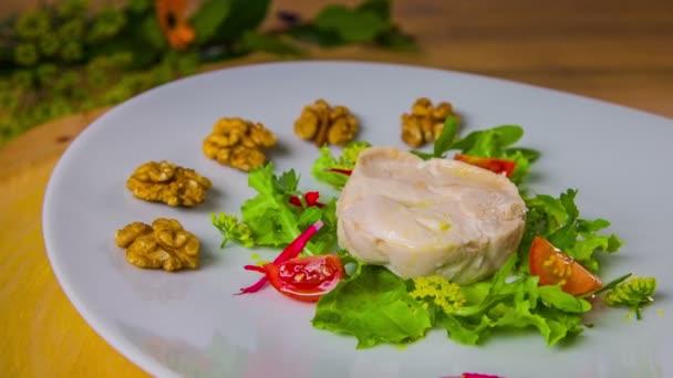 Walnut in chicken salad
